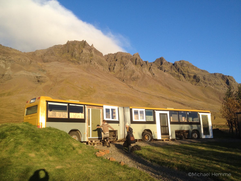 Mystisches Island, schlafen im Bus, Berg Eskja