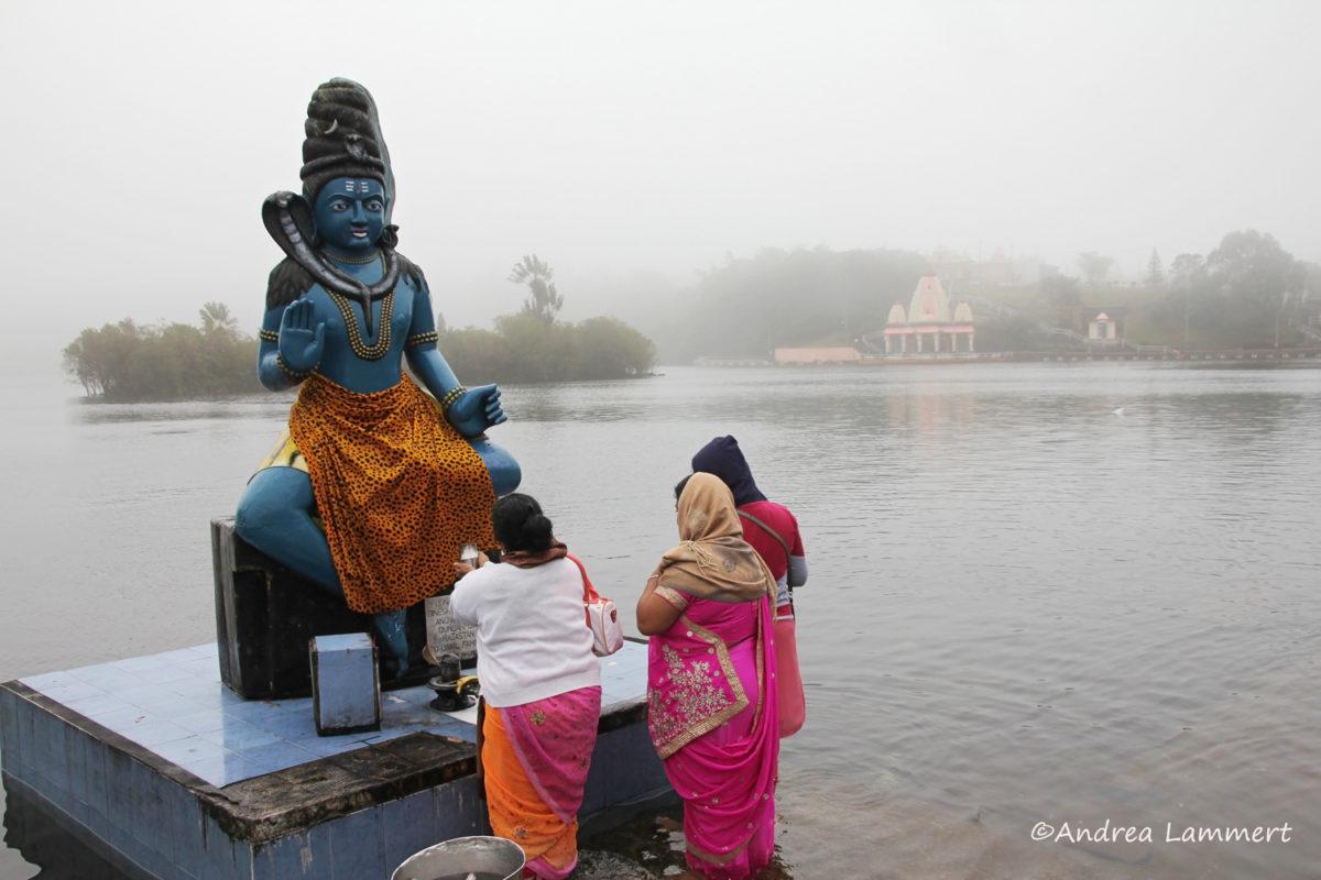 Mauritius im Winter, Heiliger See, Shiva