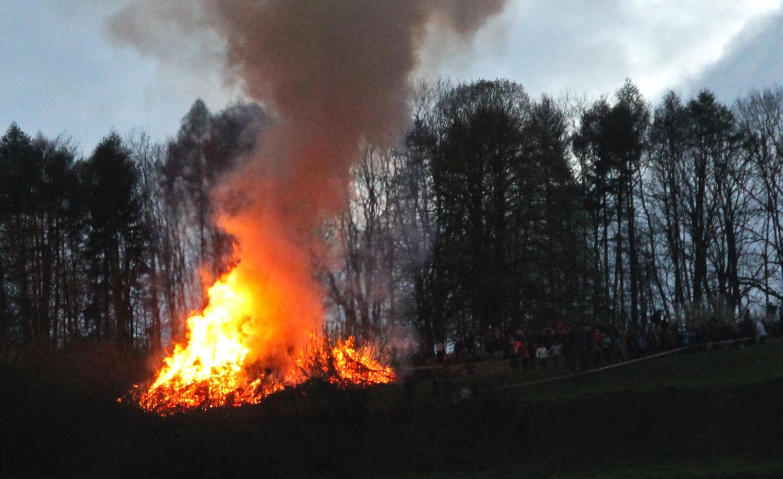 Beltane Feuer, Feiern zur Walpurgisnacht