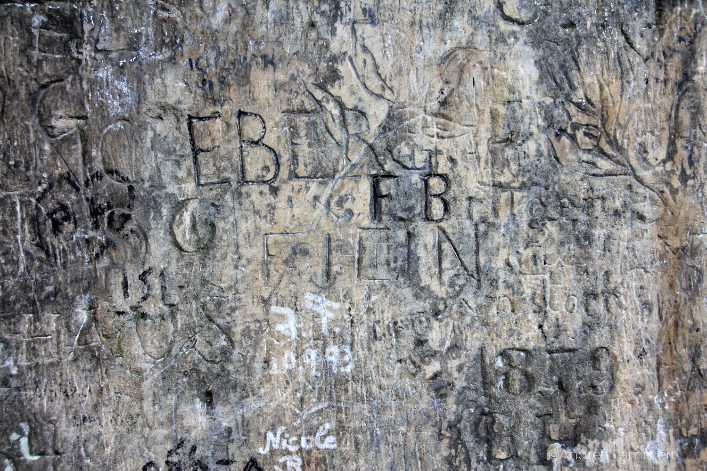 Externsteine, Teutoburger Wald, Bad Meinberg, Wandmalereien