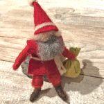 Wichtelzeit: Weihnachtsmann aus Pfeifenputzern