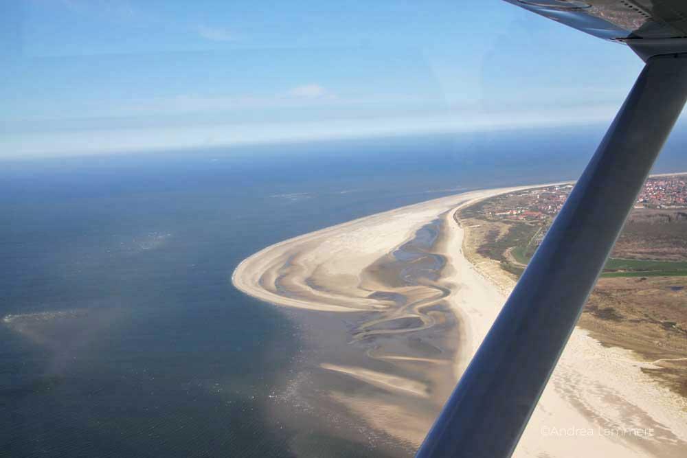 Nordsee von oben, mit der Cessna über die Ostfriesischen Inseln fliegen, Rundflug von Harle aus