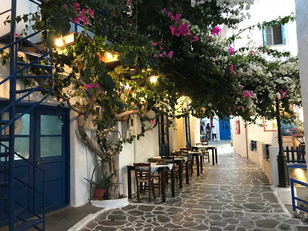 Die Sehenswürdigkeiten der griechischen Insel Milos, Restaurant in Plaka