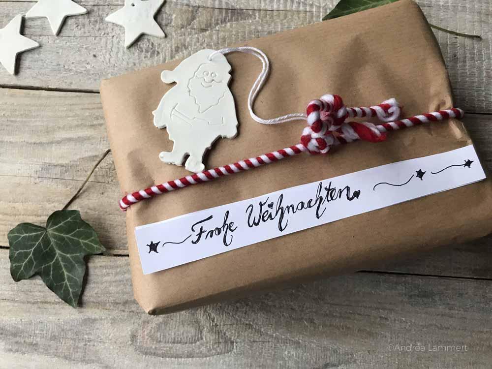 Geschenke umweltfreundlich verpacken mit Packpapier