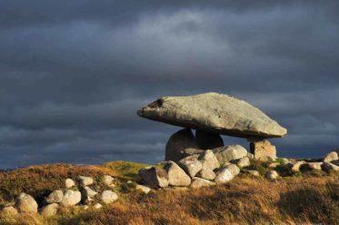 Kilclonney-Dolmen, Donegal, Tumb, Mystische Stätten, Kraftorte, Dolmen Adrara, Megalytic places