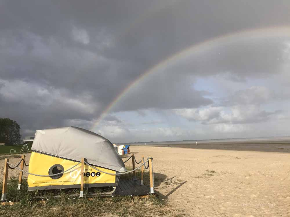 Strandschlafkorb von Dangast - sieht nicht nur aus wie ein Cabriolet