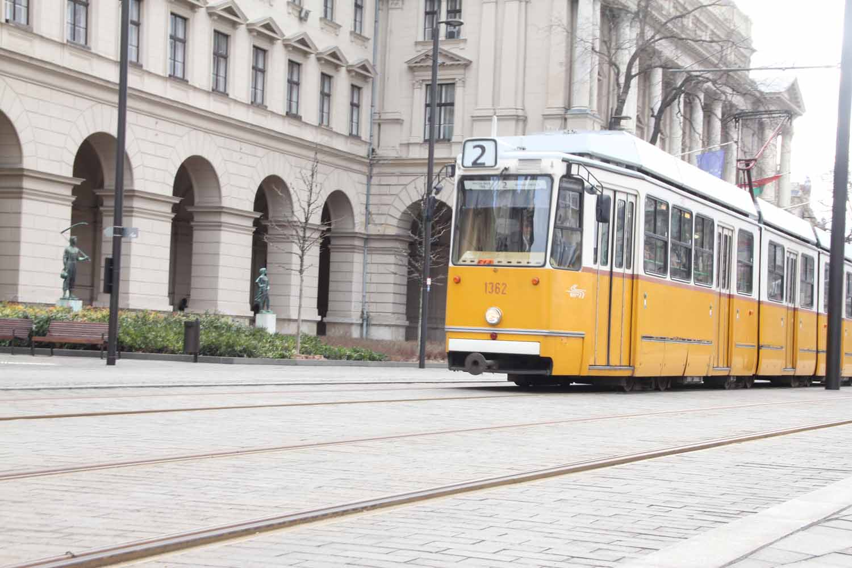 Budapest mit Kindern, Linie 2