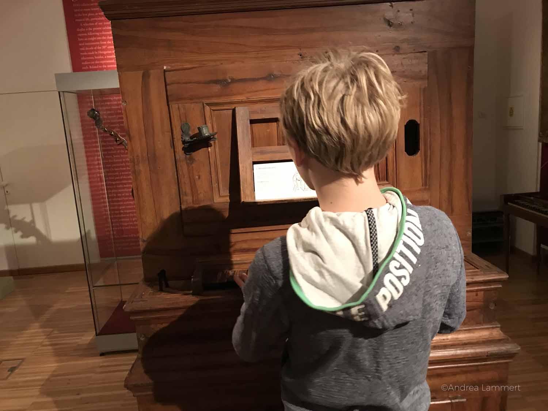 Budapest mit Kindern, Musikinstrumentemuseum