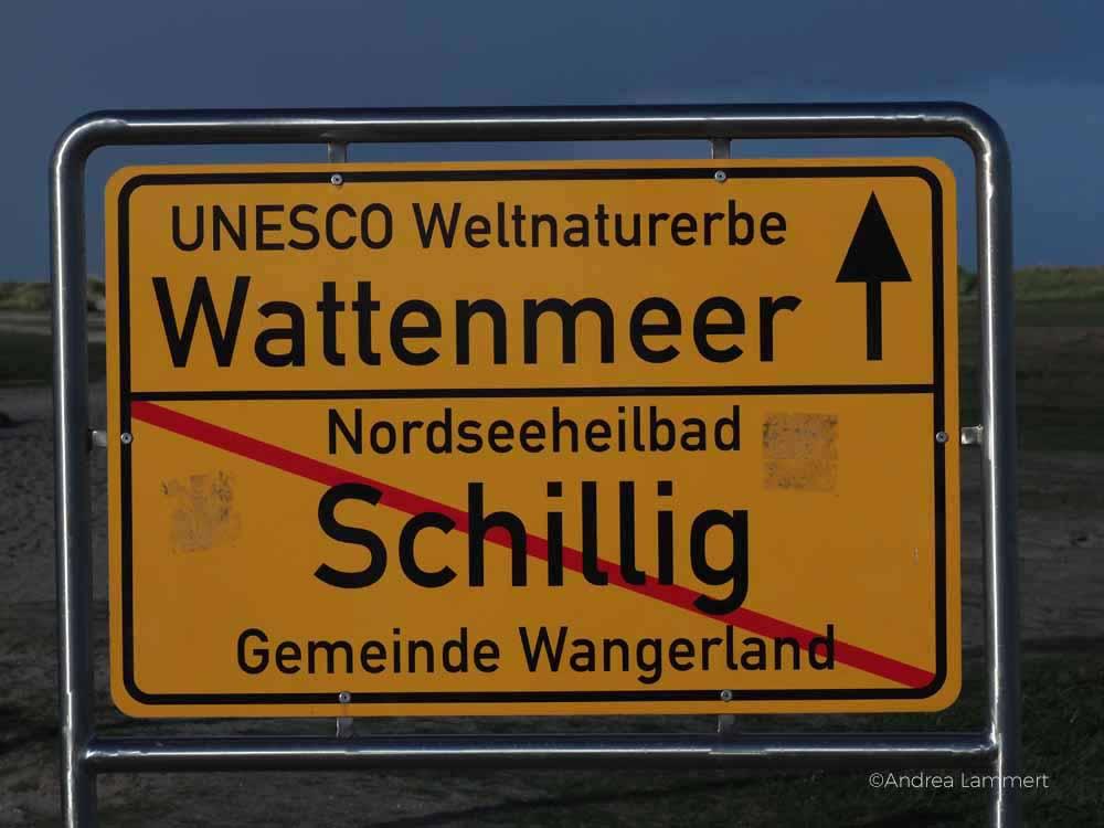 Niedersächsische Nordseeküste: In Schillig im Wangerland gibt es Sandstrand und Dünen.
