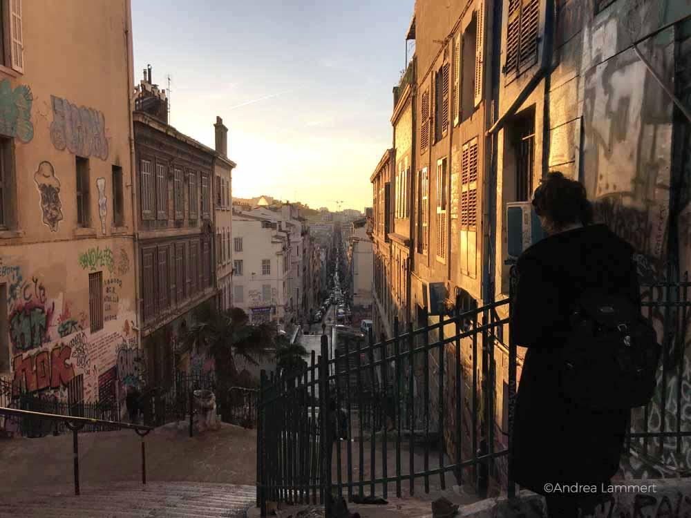 Die Treppe zum Cours Julien in Marseille