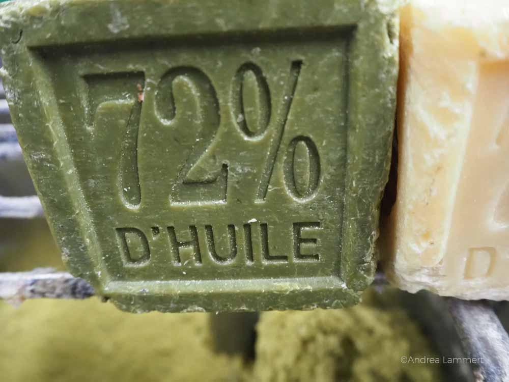Typisch: Seife mit 72 Prozent Pflanzenöl, frabriziert in Marseille. Tipps für Marseille