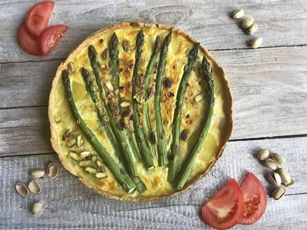 Spargelquiche, Rezept Quiche mit grünem Spargel