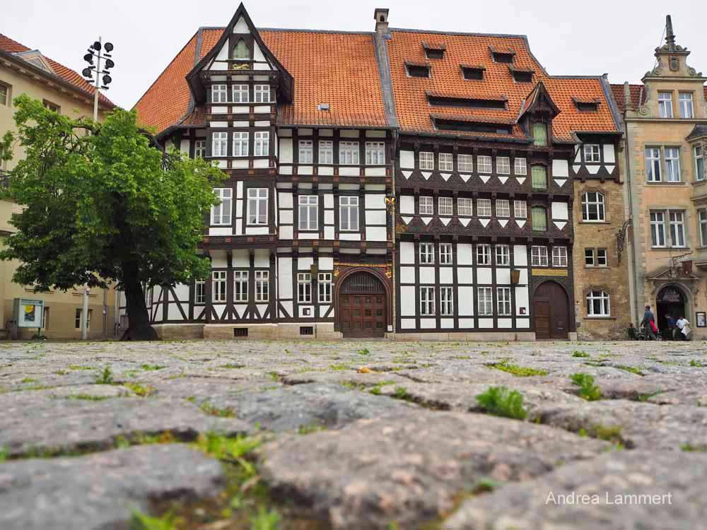 Hübsch ist das Fachwerkensemble gegenüber des Doms in Braunschweig.