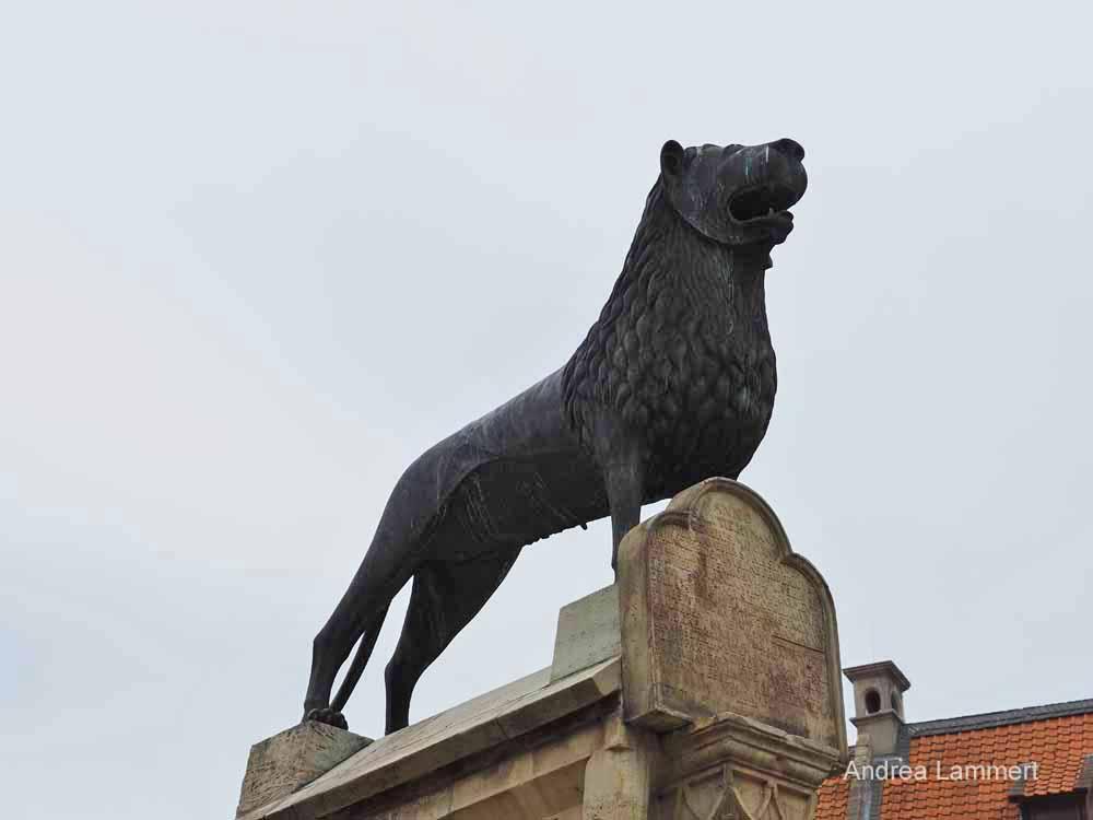 Präsent und doch nur eine Kopie - der Braunschweiger Löwe.
