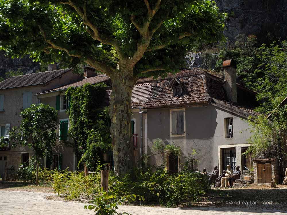 Staßen von Cabrarets. sur Célé. . Fluss Lot, Sehenswürdigkeiten, Reiseführer, Tipps,