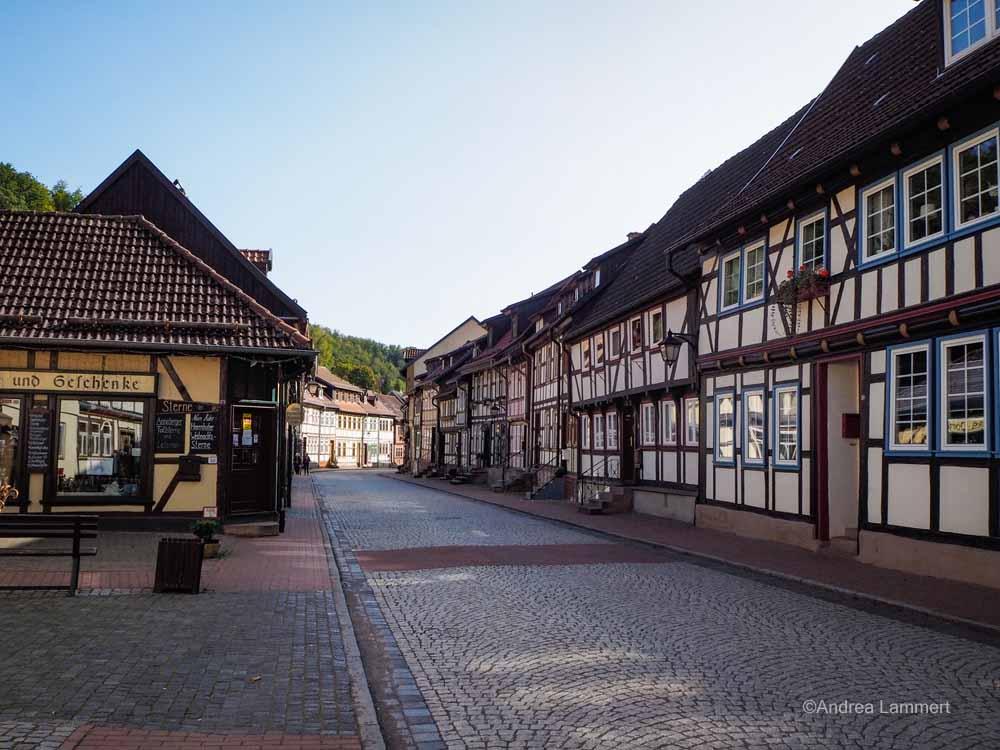 In der Niedergasse befinden sich einige Geschäfte und Ateliers.