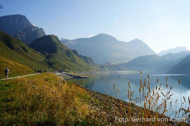 Stausee auf der Alp Piora, Schweiz Tessin