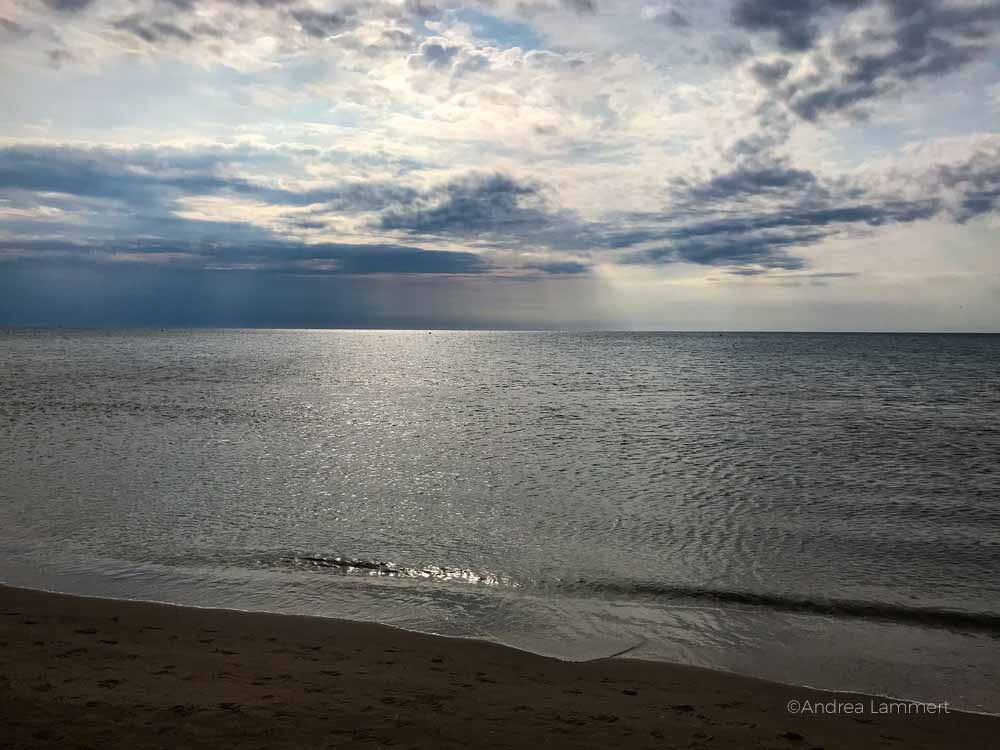 Glitzerndes Mittelmeer Gruissan Südfrankreich, Strand, Tipp