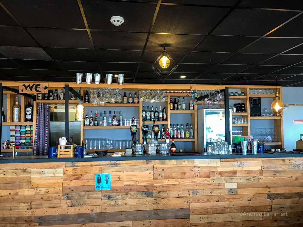 Bar im Hotel Sunrise im Chalet Strand, Gruissan Südfrankreich, Strand, Tipp